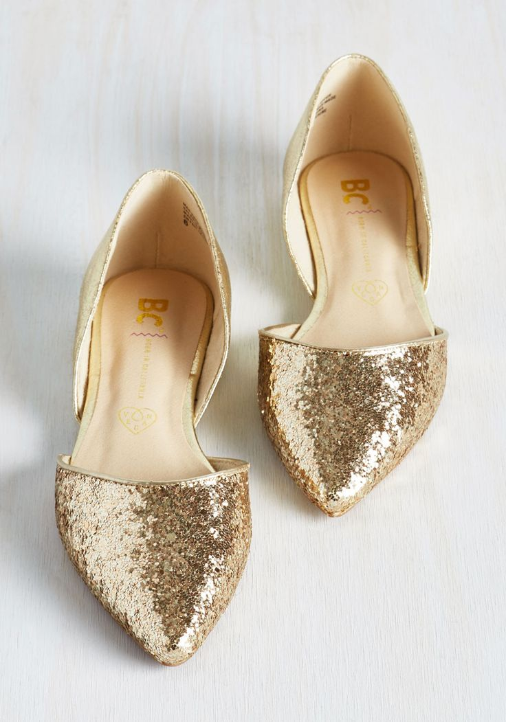 255f5b9ec6d72 Golden Shoe: The New Fashion Bling -